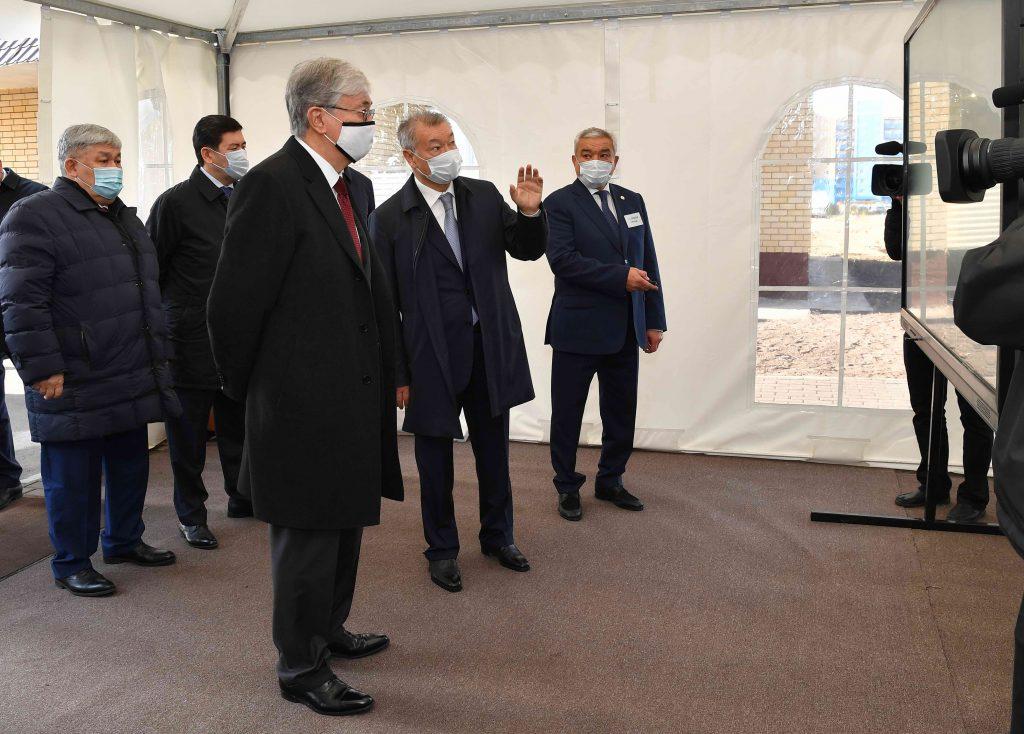 Глава государства посетил микрорайон «Карагайлы» город Семей
